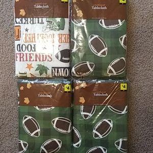4 football tableclothes